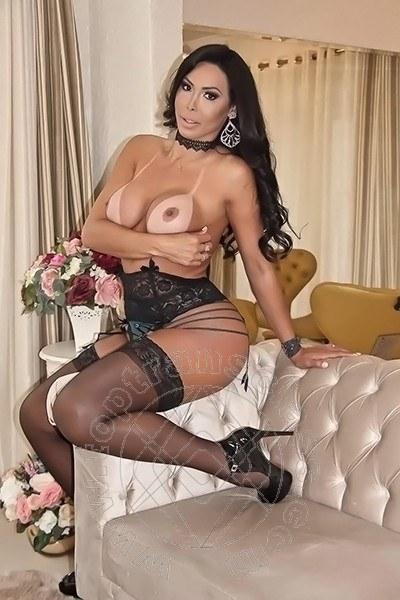 Leticia Minelly  GENOVA 3488735139